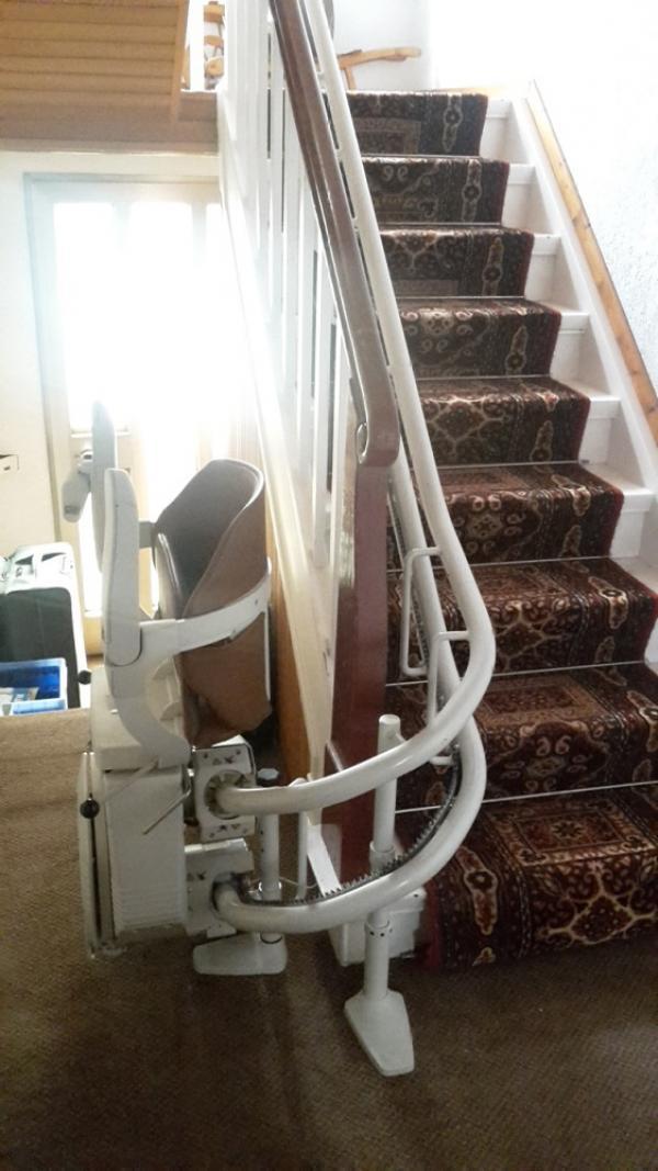 gebrauchte treppenlifte von a p treppenlift. Black Bedroom Furniture Sets. Home Design Ideas